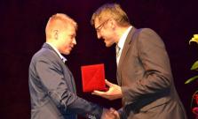 Medzi ocenenými bol aj žiak Spojenej školy Juraja Henischa  Igor Demjanič