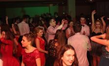 Noc plná tanca