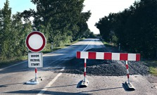 Úplná uzávierka cesty Raslavice - Janovce až od soboty, vodiči tadiaľ neprejdú