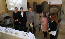 Študenti dnes v Bardejove založili nový mestský parlament