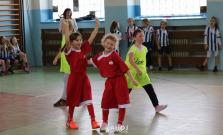 Dievčatá z prvého stupňa sa zišli na ZŠ B. Krpelca v Bardejove