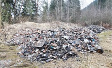 Neoprávnené nakladanie s odpadmi