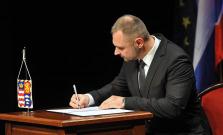 Nový župan a poslanci zložili slávnostne sľub