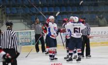 Hokejisti vycestovali do Humenného, v zápase padlo 13 gólov