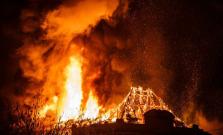 V Marhani museli zasahovať hasiči tri hodiny