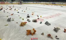 V Bardejove reklama na hokej, diváci si deň pred Vianocami prišli na svoje
