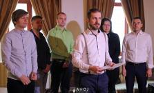 Horúca aktualita: Poznáme prvého kandidáta na post primátora, predstavil aj svojich poslancov