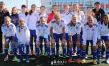 Žiačky Bardejova strelili poltucet gólov vo Vranove a vysoko vyhrali