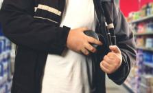 Zlodej vyčíňal v potravinách, škoda viac ako 3000 eur