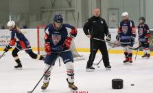 Hokejisti odštartovali prípravu na ľade, nie však v Bardejove! Na tréningy musia dochádzať