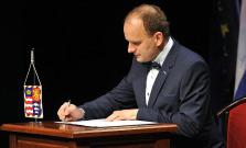 Poslanec Mihaľ kvôli vyhrážkam v politike končí, Hanuščak chce podať trestné oznámenie