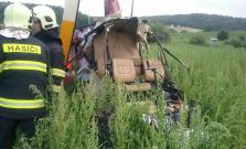 Pri Prešove havaroval vrtuľník, jedna osoba neprežila. Okres Bardejov je bez elektriny