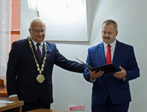 Novým poslancom Ján Maník, nahradil Patrika Mihaľa. Miroslav Bejda sa mandátu vzdal