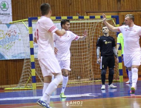 Futsalisti Bardejova odštartovali veľkolepo, doma strelili Košiciam 11 gólov