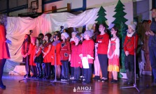 Skvelé predstavenie Mrázik v podaní žiakov Súkromnej základnej umeleckej školy Pod Vinbargom