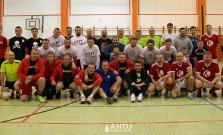 Chlapi z Bardejovskej Novej Vsi sa stretávajú už od roku 1993, aby medzi sebou súťažili v nohejbale