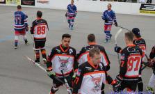 Hokejbalisti Prešova lídrom pred Bardejovom