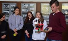 Zaujímavá výstava fotografií na Spojenej škole