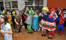 Skvelý karneval na ZŠ s MŠ Pod Vinbargom v Bardejove znova zaujal