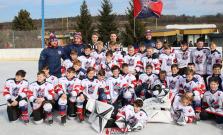 Jedinečný zážitok: Mladí hokejisti Bardejova odohrali zápasy pod holým nebom