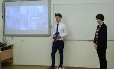 Súkromné gymnázium navštívil veľvyslanec