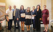 Zvíťazila študentka gymnázia Miriam Helena Hudák