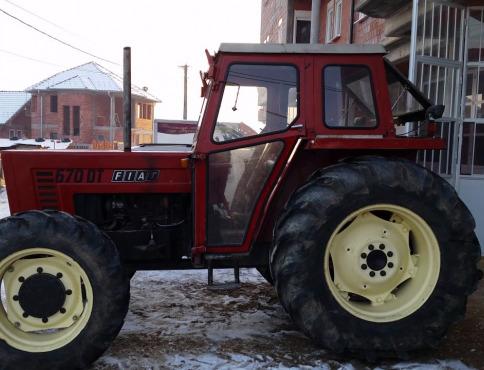 Muž chcel kúpiť traktor za takmer 4000 eur, o peniaze prišiel a traktor nekúpil