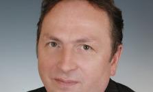 SOŠ ekonomiky, hotelierstva a služieb sa lúči s dlhoročným kolegom Jaroslavom Molčanom