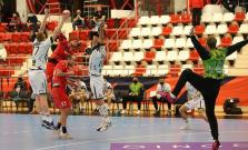 Tesná prehra s Dinamom a odložený zápas s Füchse