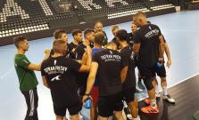 Na úvodnom tréningu Tatrana desať hráčov