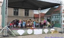 Ľudové tradície - Tkáčske remeslo a vyšívanie