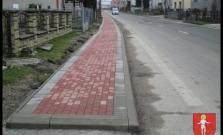 Nové chodníky v obci Malcov