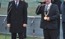 Premiér Robert Fico otváral multifunkčné ihrisko v Hažlíne