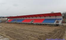 Rekonštrukcia štadióna pokračuje, tribúny už stoja