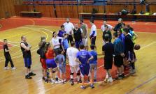 Rozlúčka pod basketbalovými košmi